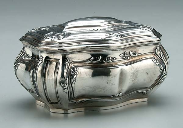 2: French silver lidded box,