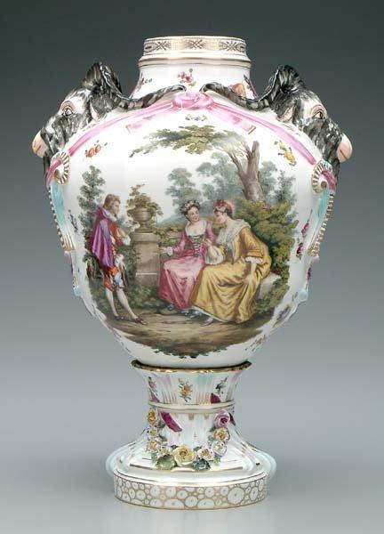 771: Lidded German porcelain jar,