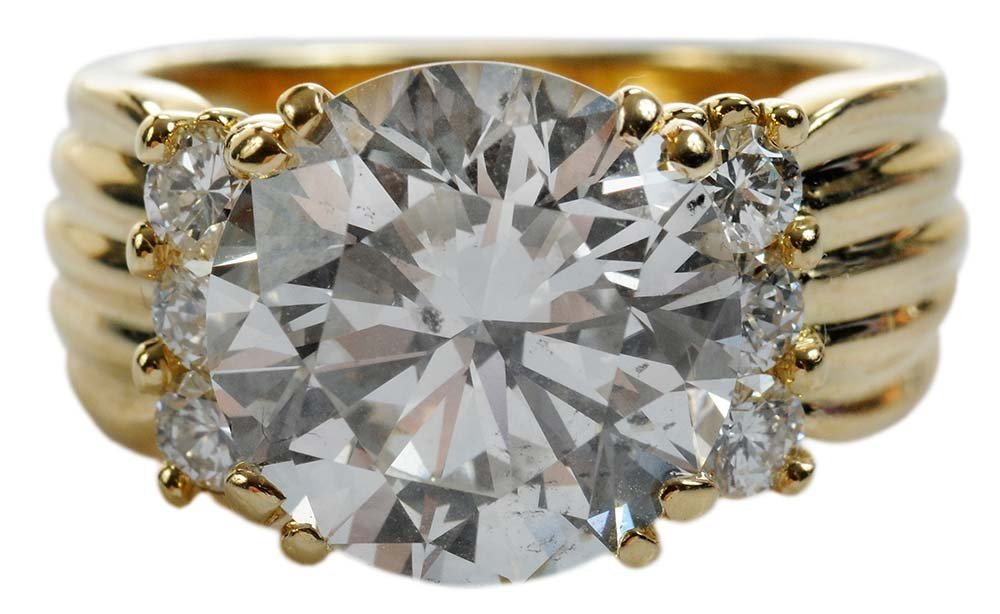 Fine 5.39 Carat Diamond Ring