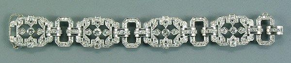 307: Diamond and platinum bracelet,