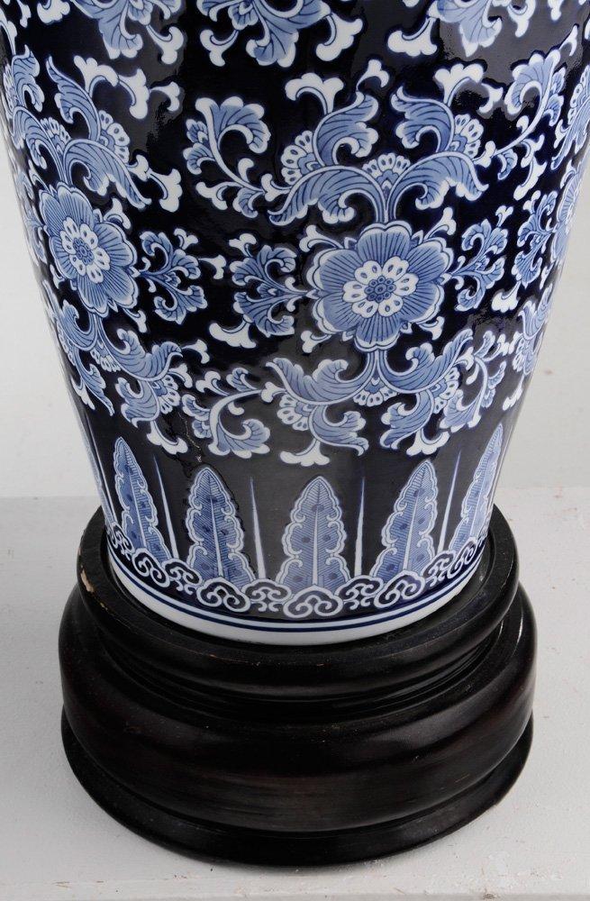Large Porcelain Blue and White Vase on - 7