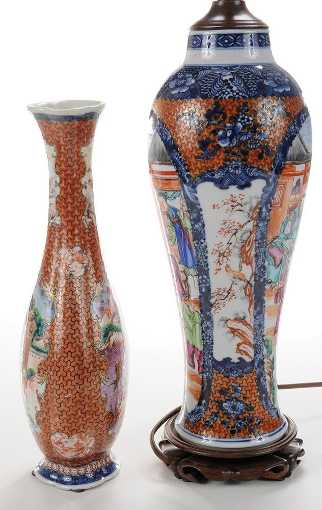 Two Chinese Export Porcelain Vases, - 2