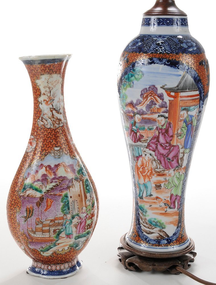 Two Chinese Export Porcelain Vases, - 3