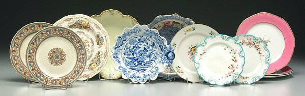608: 12 assorted plates and dishes: