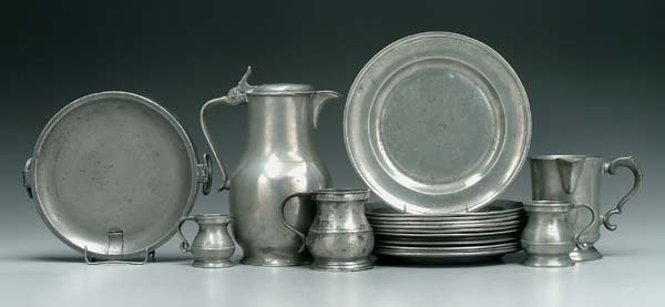 5: Nineteen pieces pewter: