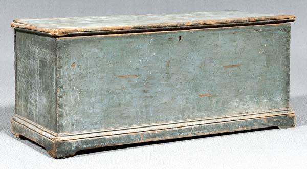 18: Dovetailed white pine blanket chest,