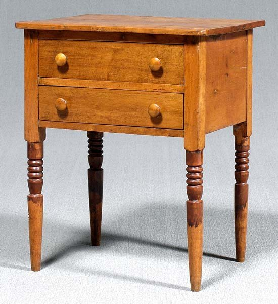 615: Federal figured birch table,
