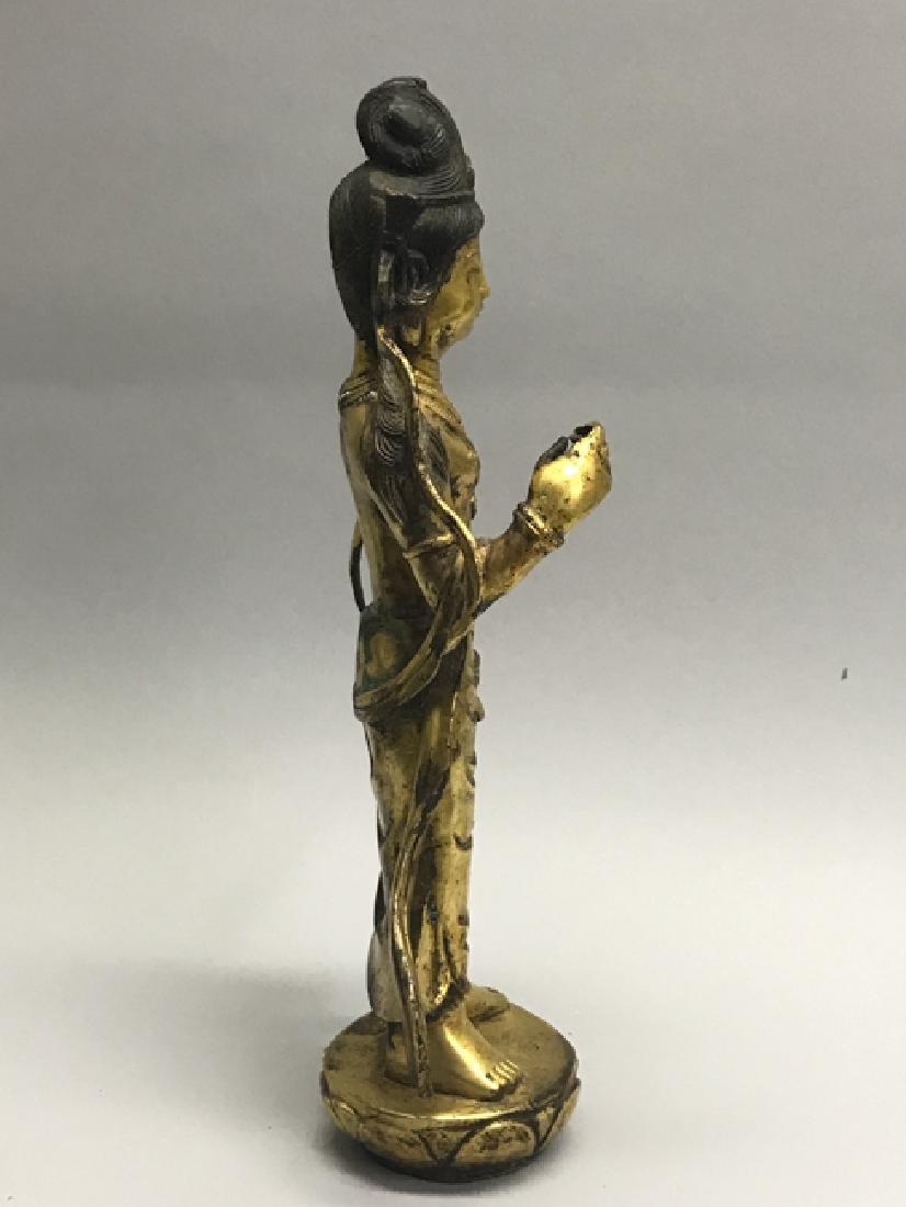 A gilt bronze figure of bodhisattva - 4