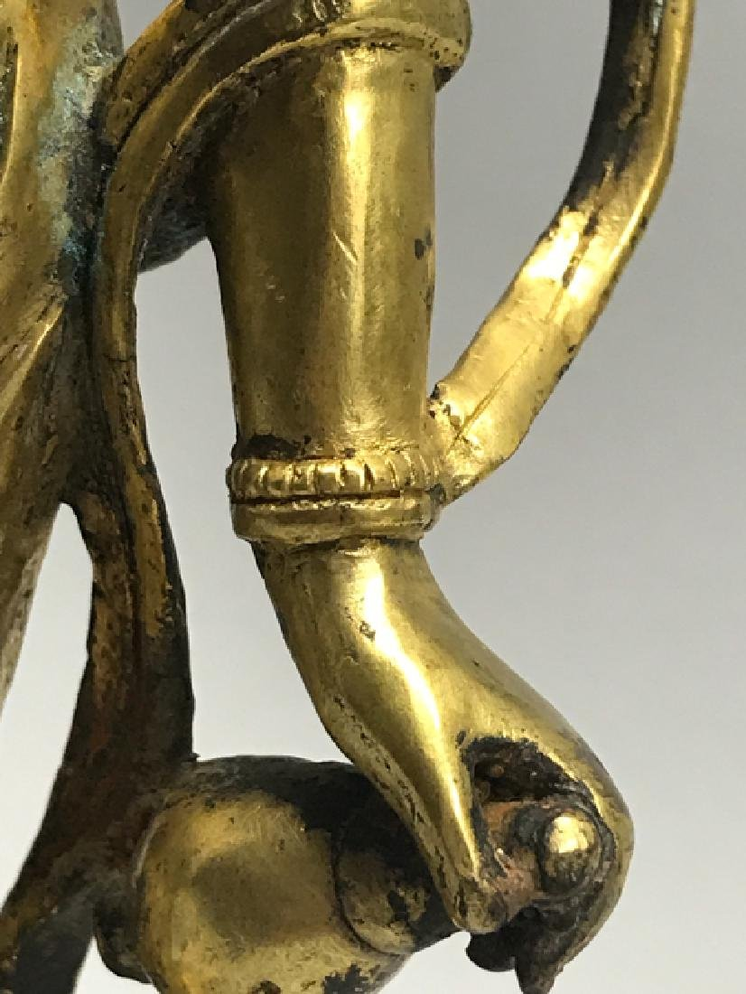 A gilt bronze figure of bodhisattva - 6