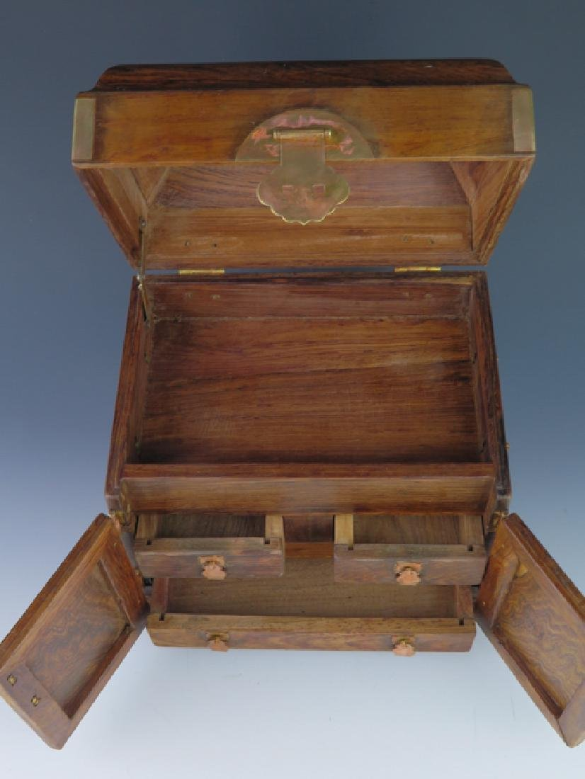 A huanghual  box - 4
