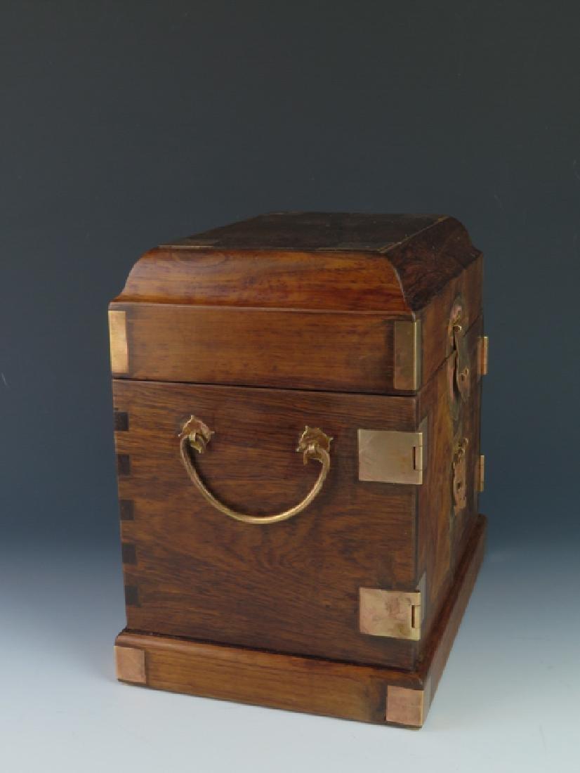 A huanghual  box - 6