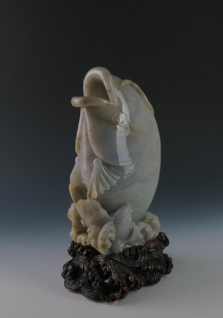 A jadeite 'fish'vase - 3
