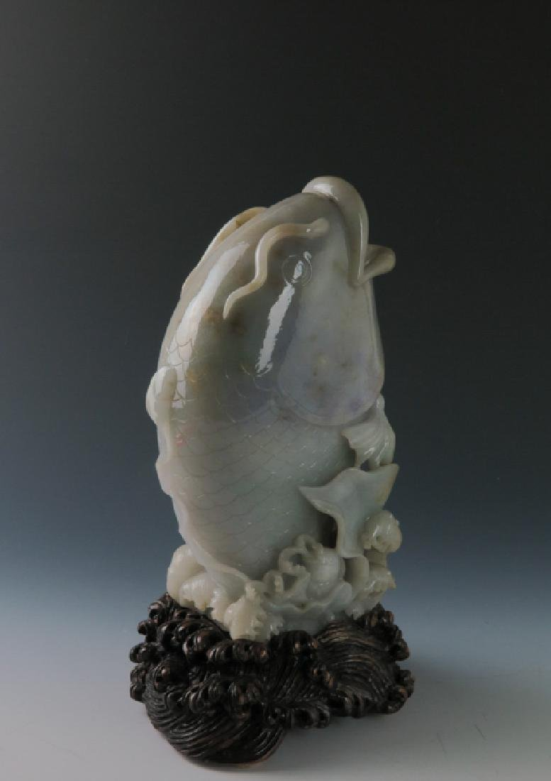 A jadeite 'fish'vase - 4