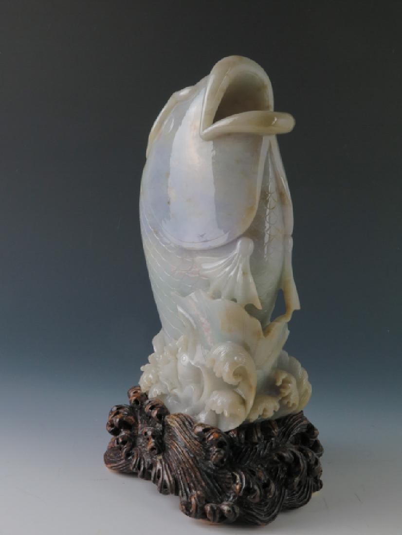 A jadeite 'fish'vase - 9