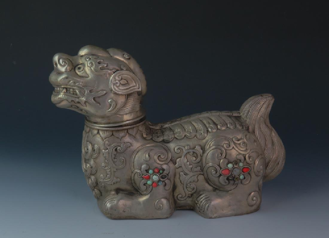 Mongolia lion with lion head - 2