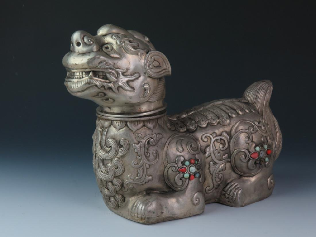 Mongolia lion with lion head - 3