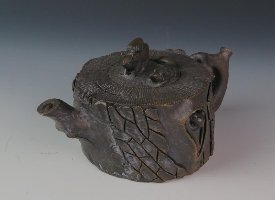 A stone tea pot - 2