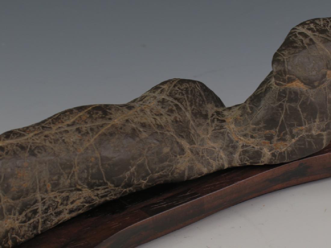 Lingbi stone and sitting - 6