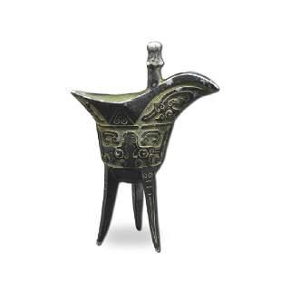 A Bronze Tripod VesselJue