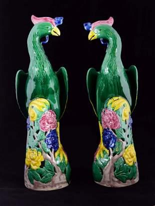 A pair of famille verte birds