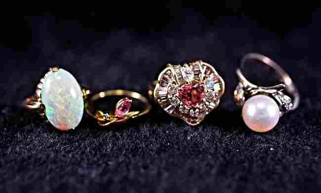 GROUP OF 14K GOLD DIAMAOND SAPPHIRE ,PEARL,OPAL,JEWELRY