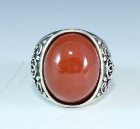 Nanhong Agate Inlaid Silver Ring