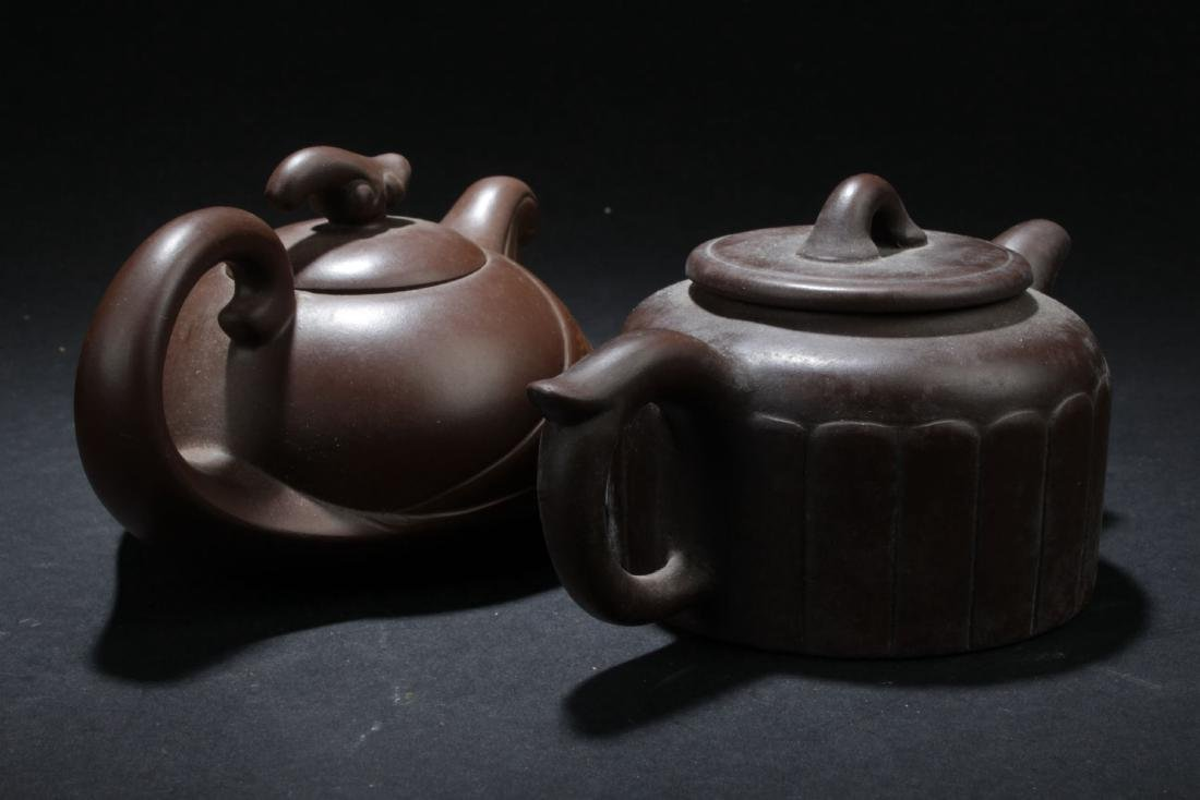 Two Chinese Estate Tea Pots - 3