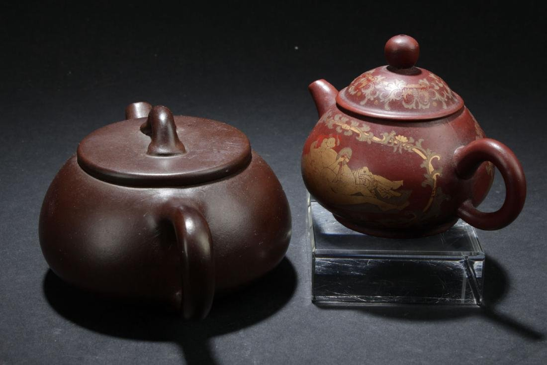 Two Chinese Estate Tea Pots - 2