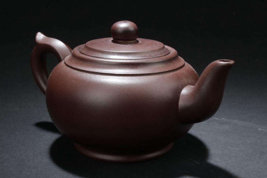 An Estate Chinese Round Tea Pot - 3