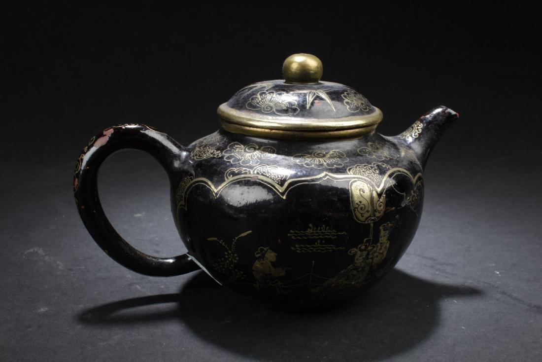 A Windowed Chinese Story-telling Tea Pot