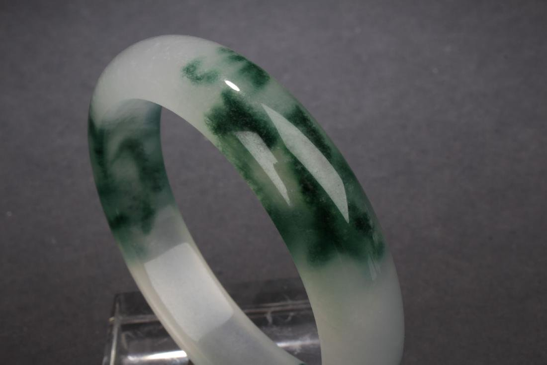 An Estate Chinese Bangle - 4
