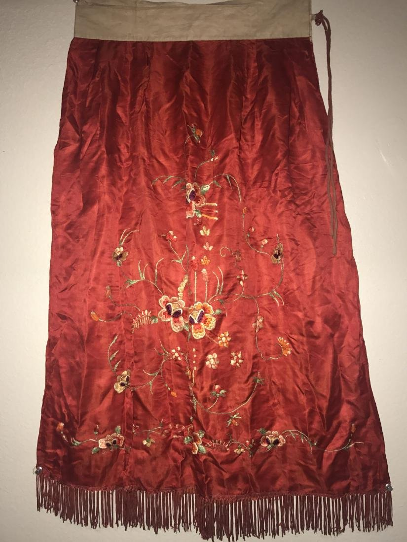 A Chinese Estate Silk-made Vintage Skirt
