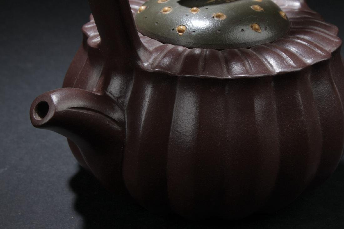 A Linear-layer Chinese Estate Tea Pot - 5
