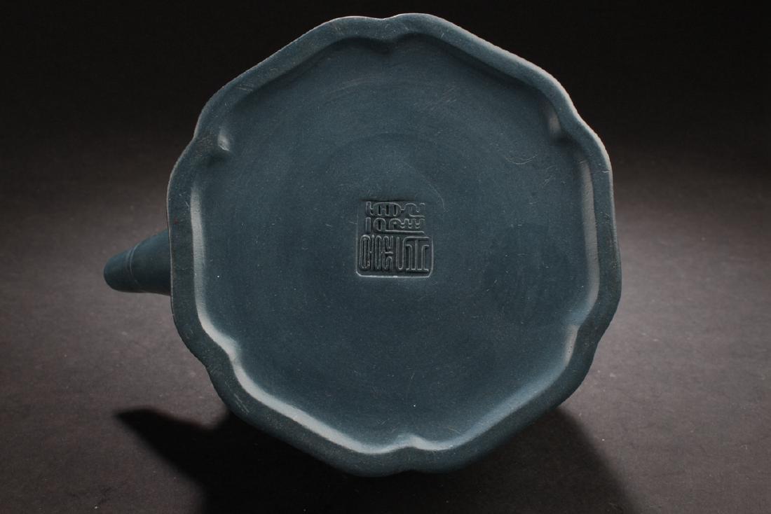 An Estate Chinese Blue Handled Tea Pot - 6