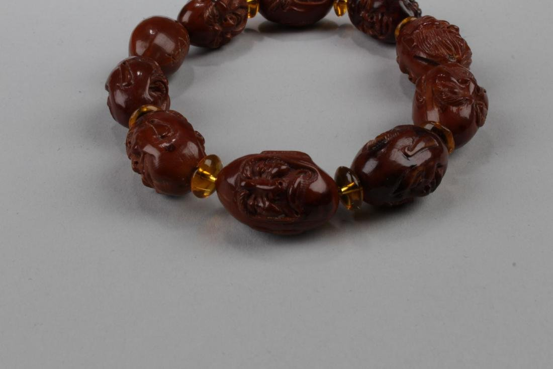 A 10-bead Religious Buddha Bracelet - 2