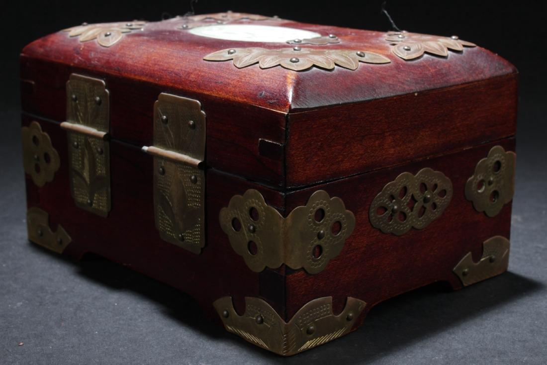 An Estate Chinese Jewerly Box - 3