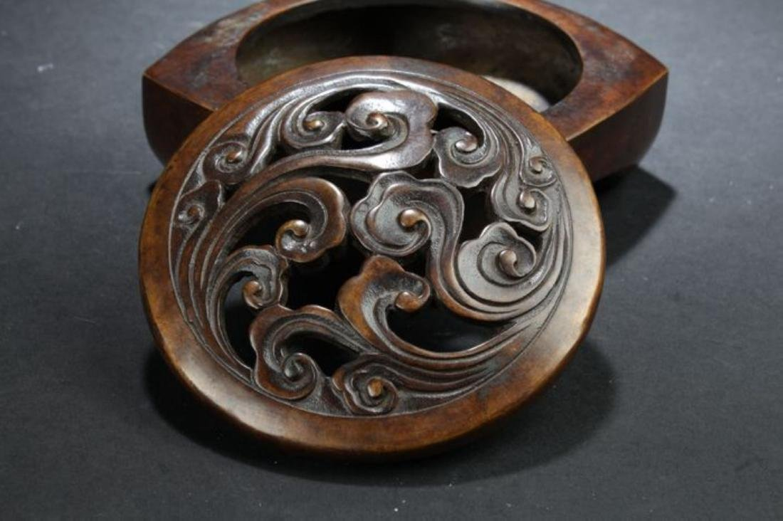 A Lidded Chinese Anicent-framing Estate Censer Display - 4