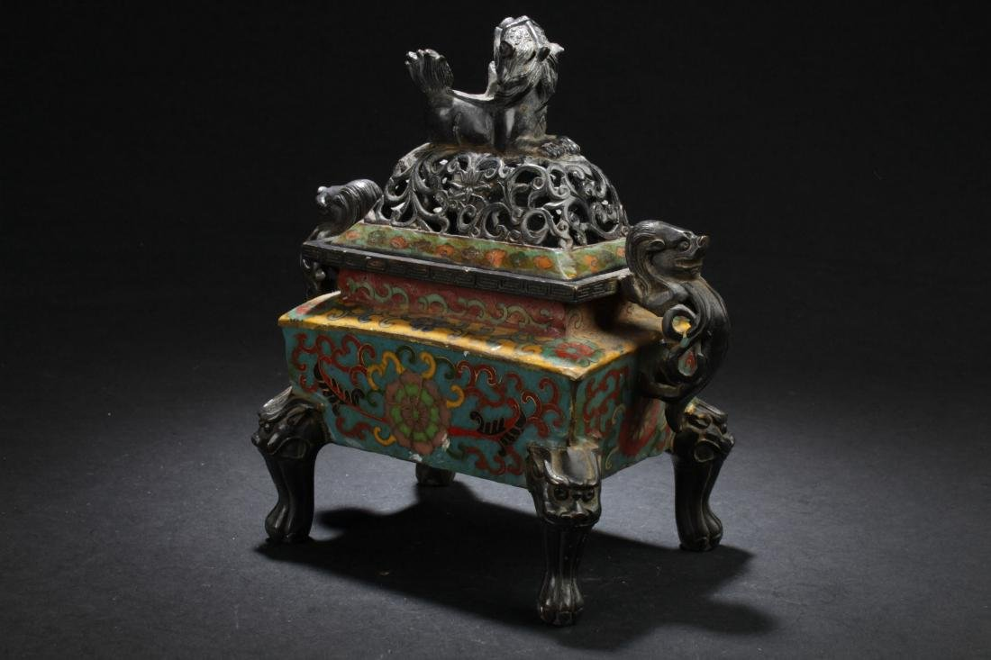 A Square-based Chinese Myth-beast Lidded Censer Display - 3