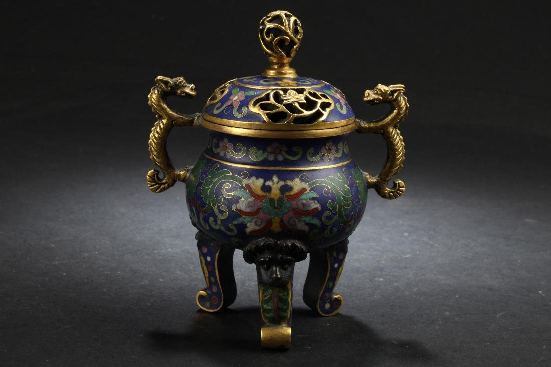 A Tri-podded Chinese Estate Dragon-decorating Cloisonne
