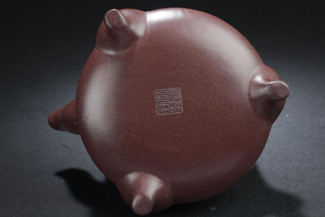 A Tri-podded Chinese Myth-beast Estate Tea Pot - 7