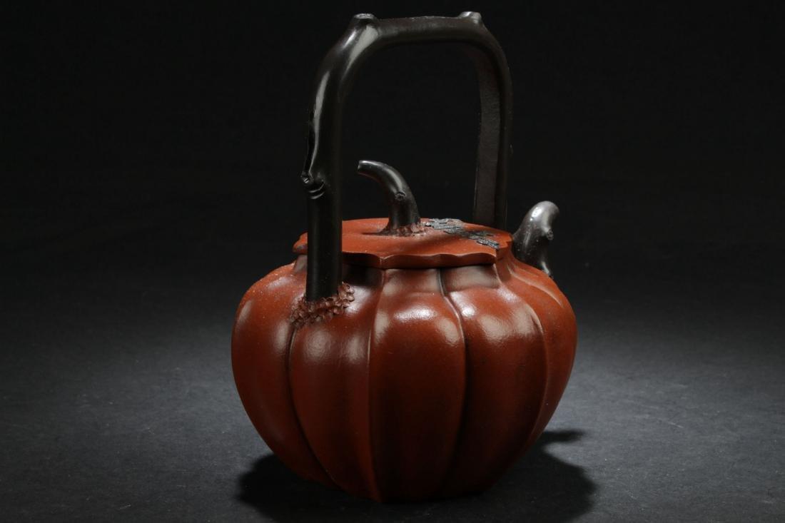 A High-handled Chinese Nature-sceen Estate Tea Pot - 3