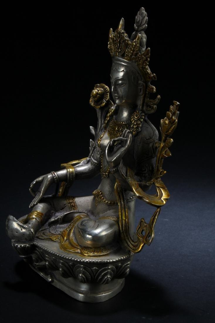 A n Estate Peaceful-posing Chinese Buddha Statue - 3