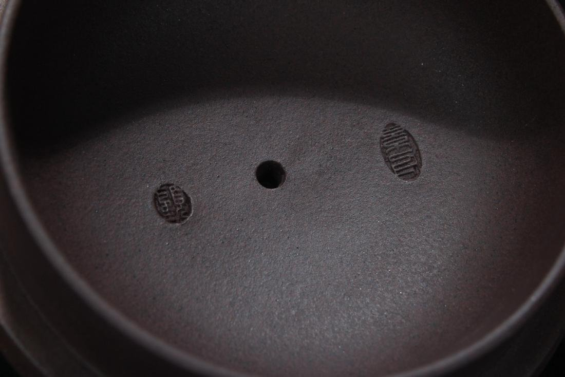 A Chinese High-handled Estate Tea Pot Display - 5