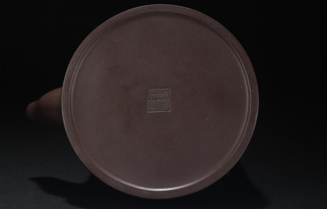 A Chinese High-handled Estate Tea Pot Display - 6