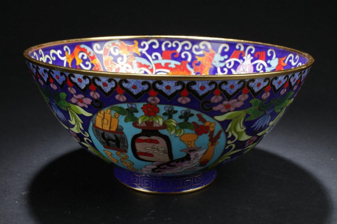 A Chinese Circular Bat-framing Estate Cloisonne Bowl