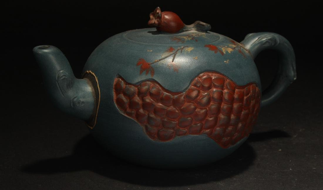 An Estate Chinese Peanut-fortune Tea Pot
