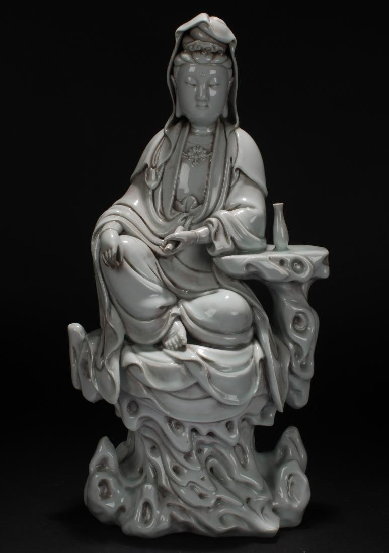 An Estate Chinese Guanyin Porcelain Statue Display