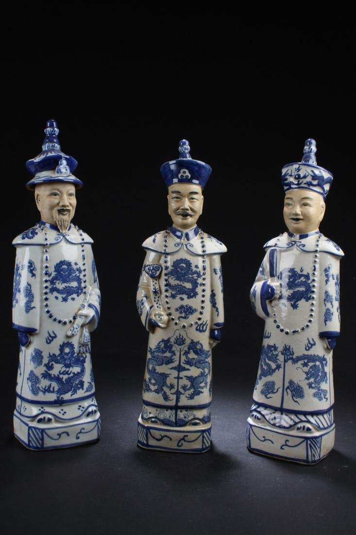 Group of Chinese Estate Blue and White Porcelain Statue - 2