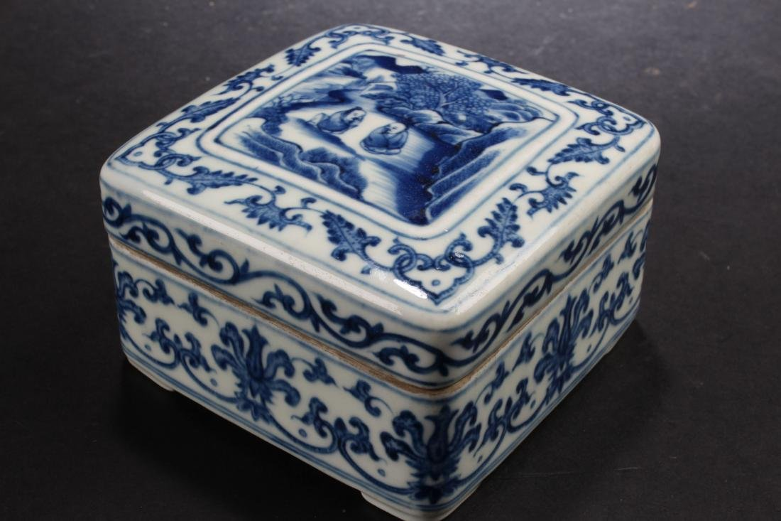 A Chinese Blue and White Lidded Porcelain Box
