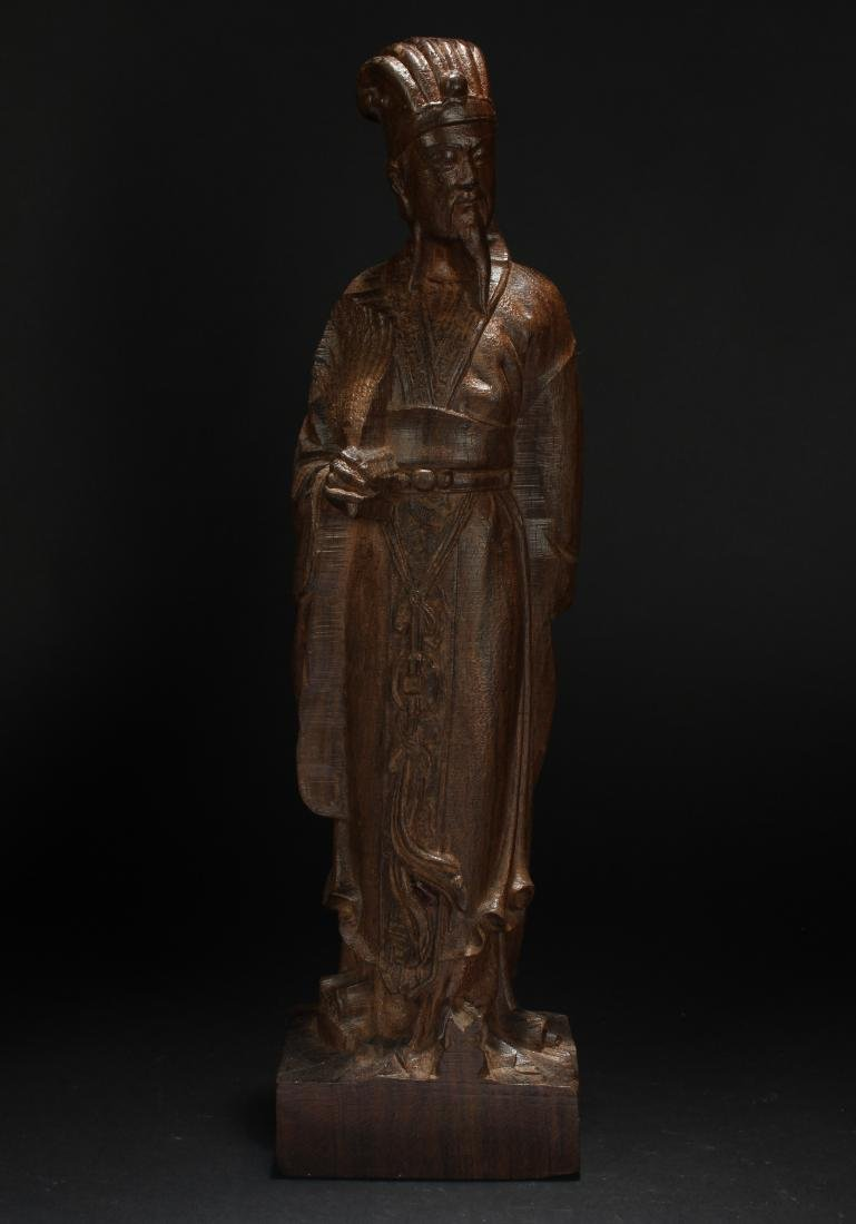 A Chinese Wooden Adviser Statue Display